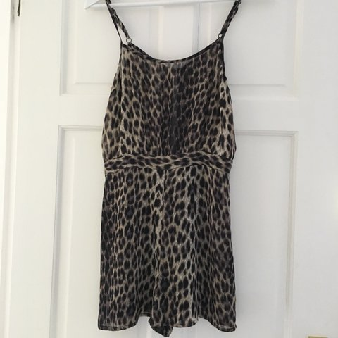 a20de114c020 @laura_verrecchia. 2 years ago. Rowlands Castle, Hampshire PO9, UK. Topshop leopard  print playsuit, size 8 would fit a 6 too! Perfect condition! Dress Zara ...