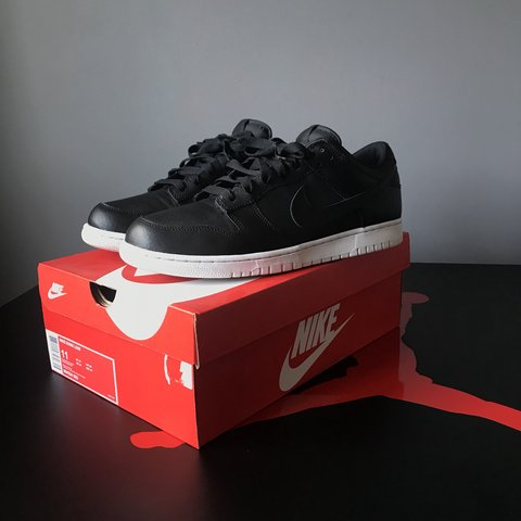 best loved 91ab7 4048f Nike dunk low, brand new- 0