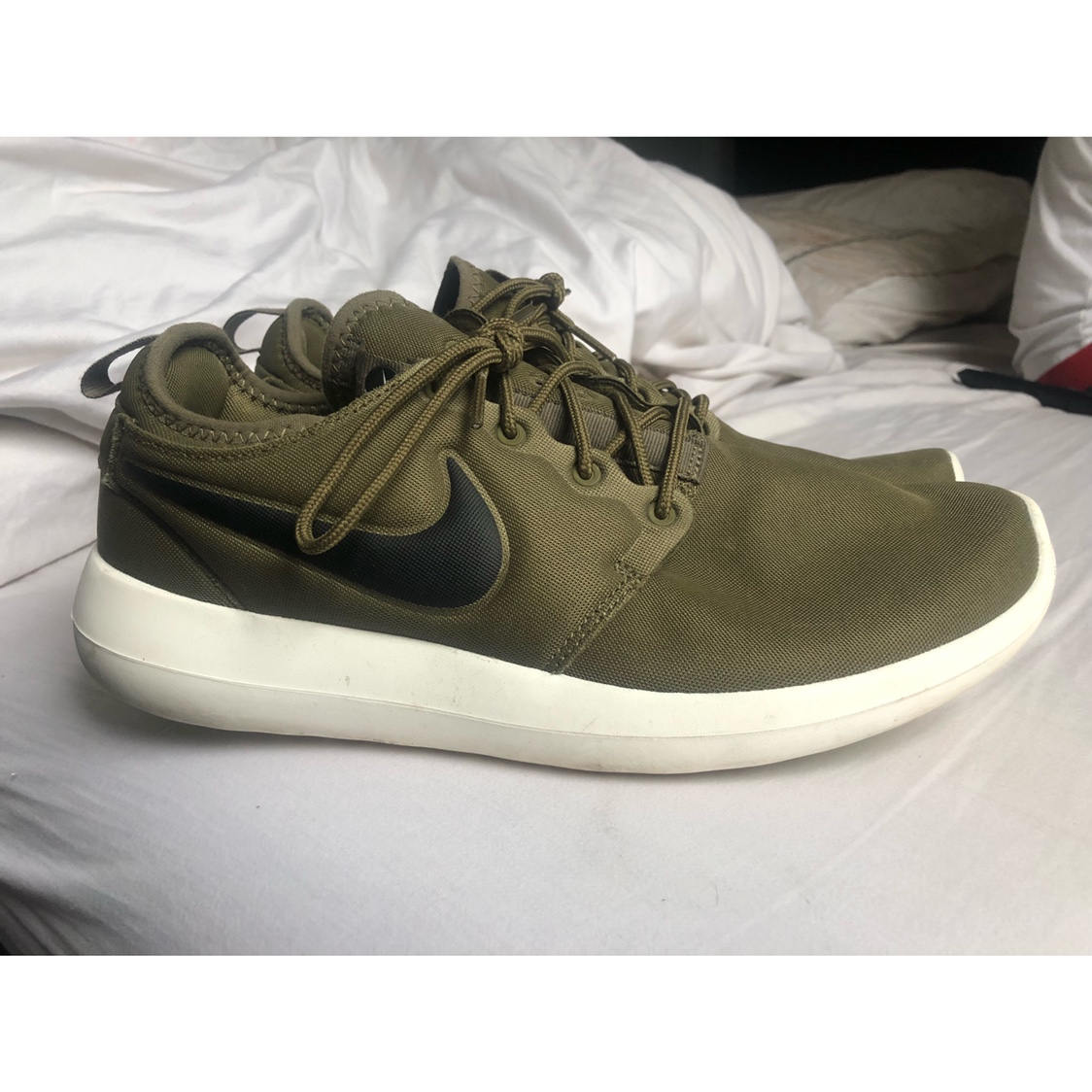 the latest 0479a c5d1f Men's Nike Roshe Two Green Running Trainers - Nike ...