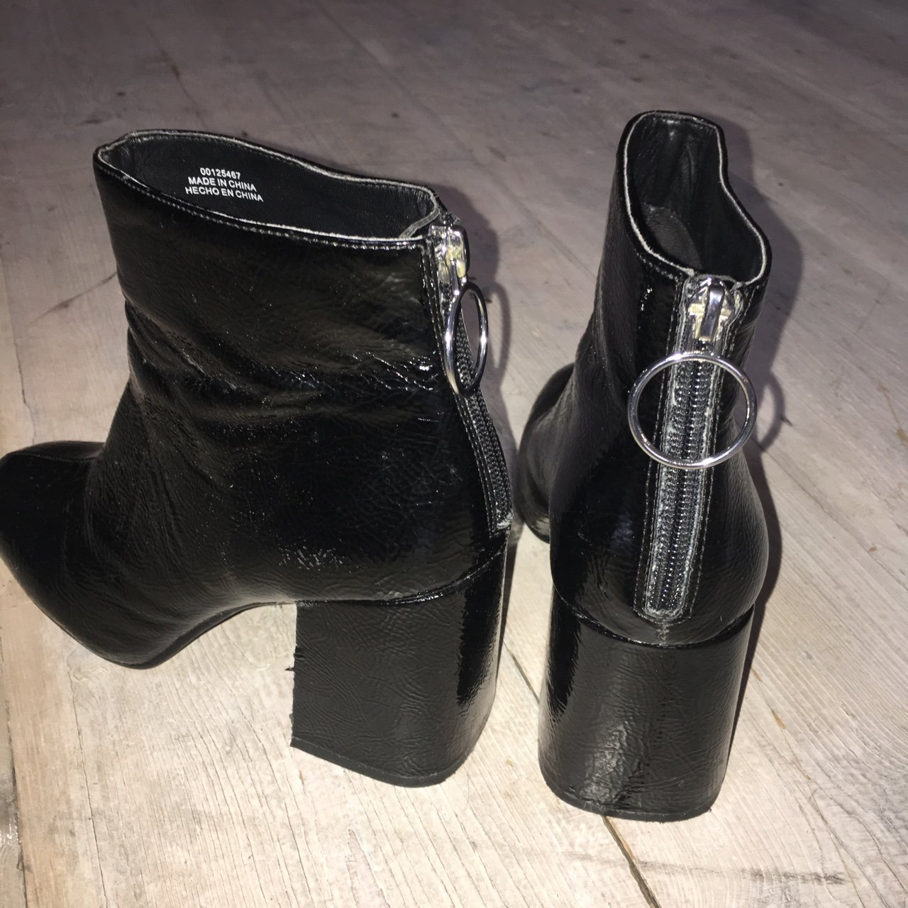 Black ring zip up ankle boots from forever 21 a701e367a9