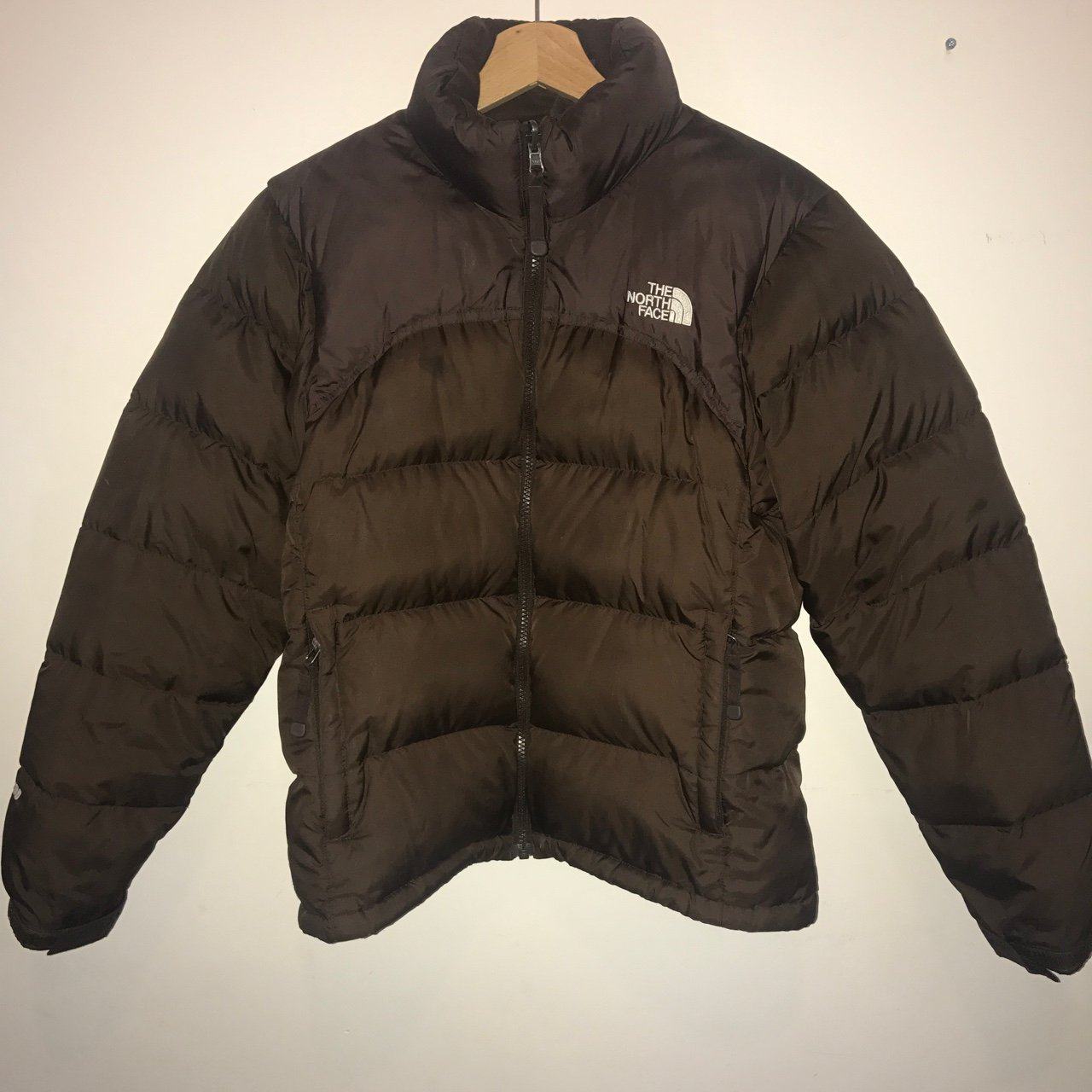 b873b996fc5b Women s North Face 700 down puffer puffa jacket    brown. if - Depop