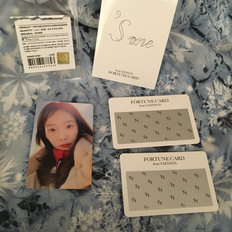 official kpop taeyeon 'sone snsd girls generation    - Depop