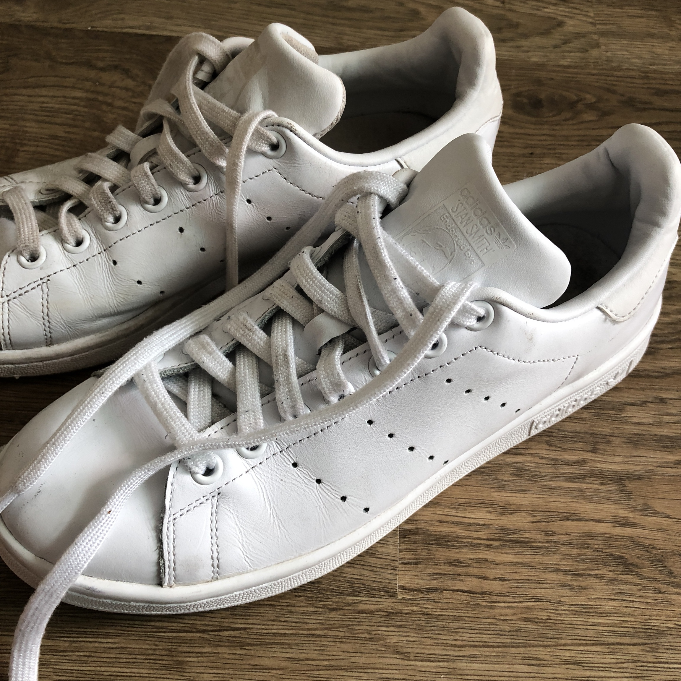 newest 8dc87 40c4f White Adidas stan smith⛄️size 7⛄️will wash before... - Depop