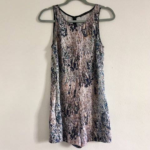 84f07fd473b Zara printed playsuit. Lovely light playsuit with no perfect - Depop