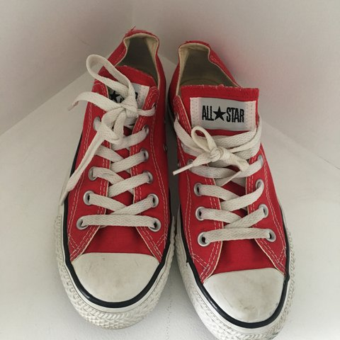 fdf921b3a020 Red low converse! Perfect condition