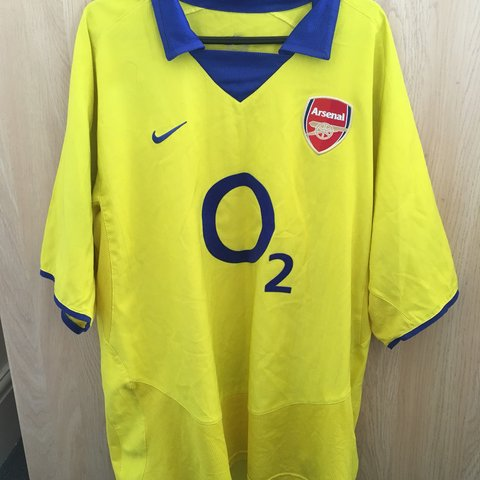 3717de51d2f Vintage Arsenal 03 04 yellow away kit. Classic Nike O2 Good - Depop