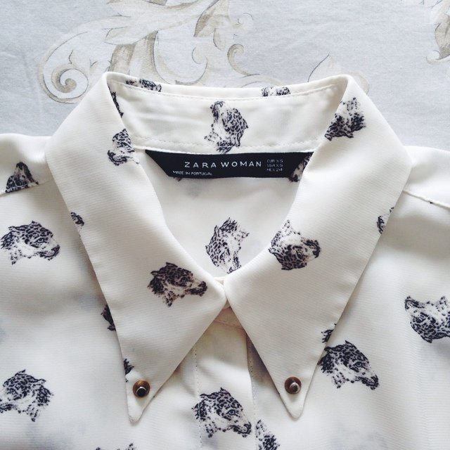 1b36614a91a Zara leopard head printed long sleeve shirt 🐆 in perfect 6 - Depop