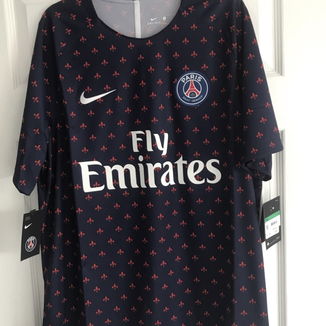 sports shoes 21419 b7f16 PSG Pre Match top - One of the most waviest... - Depop