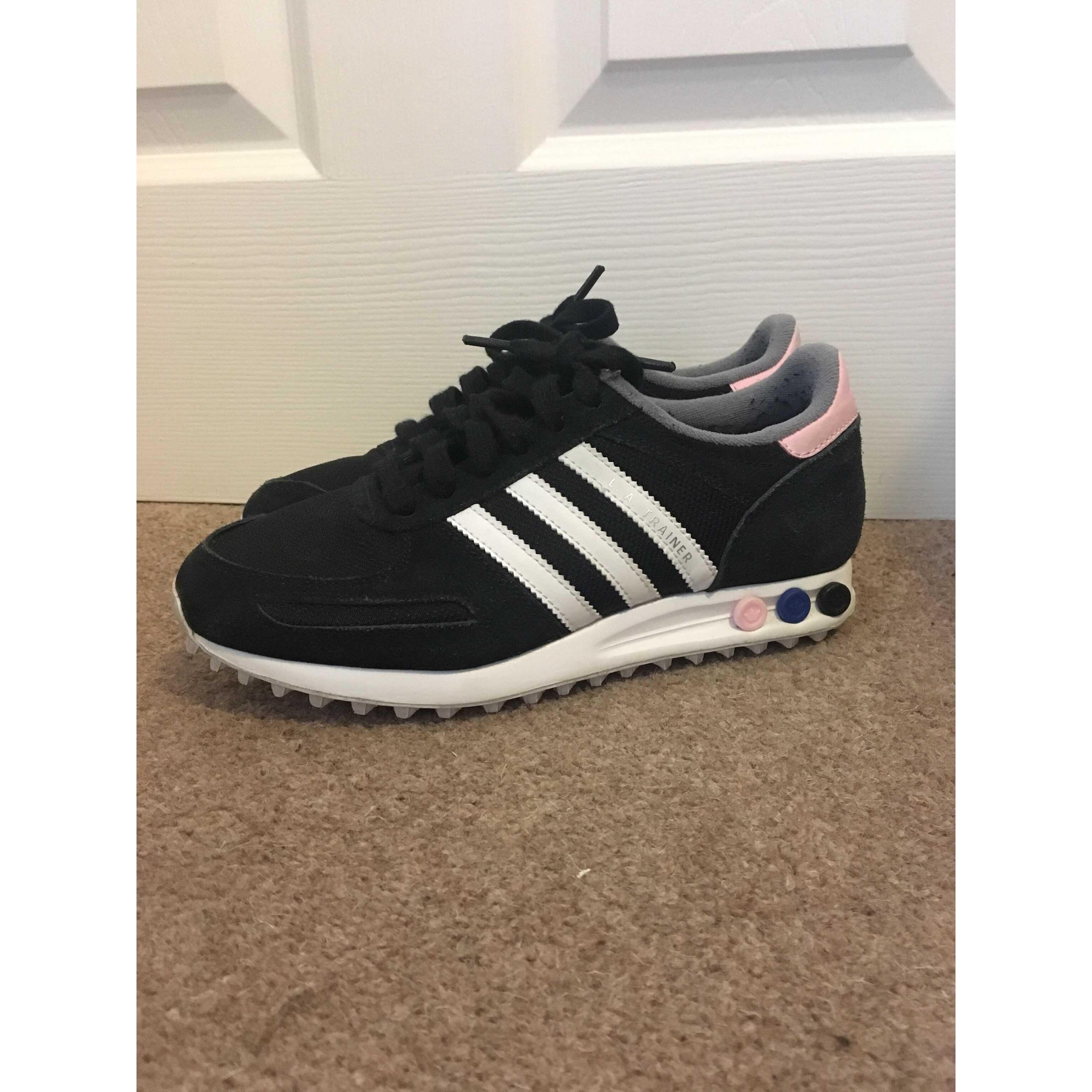 Adidas ladies LA trainers in Black with baby pink...