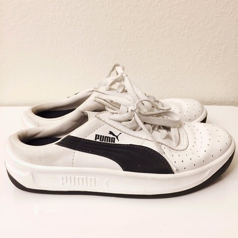 Vintage Puma Classic White Slipon Sneakers have been gently - Depop 975e82bb9