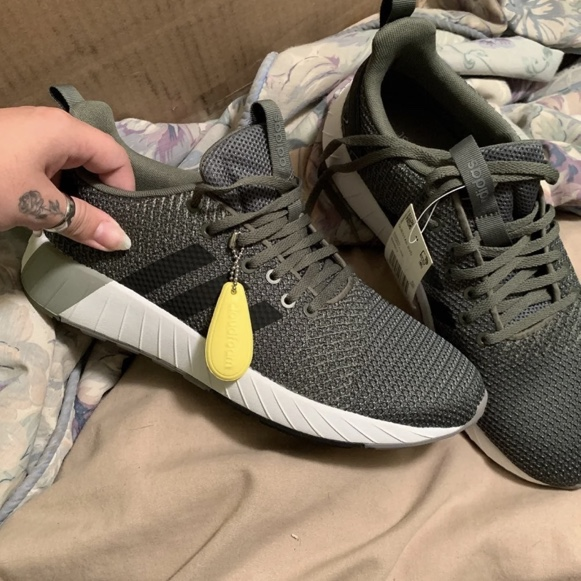 Green adidas questar byd shoes new! Size 9 in men's...