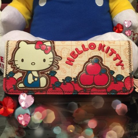 d58721d34 Rare ❤ Hello Kitty Vintage Apple Wallet. Brand new by tote - Depop