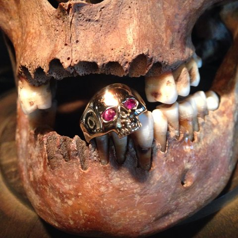 Smallest Evil Skull Ring 💀 9ct solid gold with ruby eyes