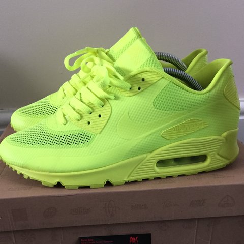 3c072b466f449 Nike air max 90  VOLT  UK8 8 10 condition (small sole IGNORE - Depop