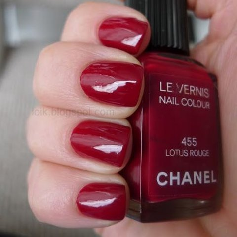 CHANEL Le Vernis Nail Polish in Color 455 Lotus Rouge Red. - Depop