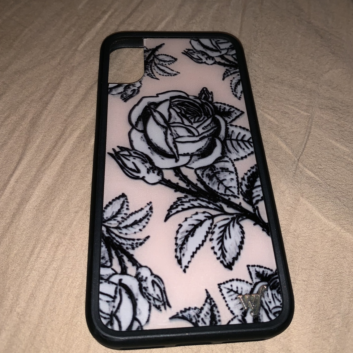 huge discount ee562 72e5c claudia sulewski iphone x wildflower case! perfect... - Depop
