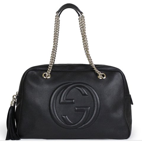 6fe2fc4c5e0 Soho black leather shoulder bag by  gucci. A gift from my I - Depop