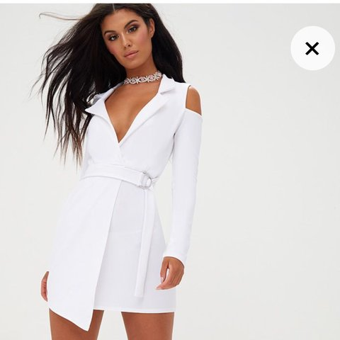 a879737608d Pretty little thing cold shoulder white belted blazer dress - Depop