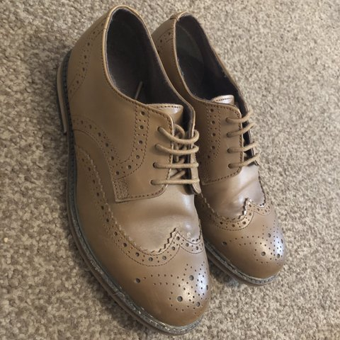 Boys Brogues size 3 Excellent condition