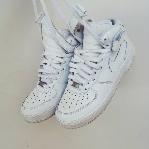 da2a737f7a White Nike air forces! Size 4