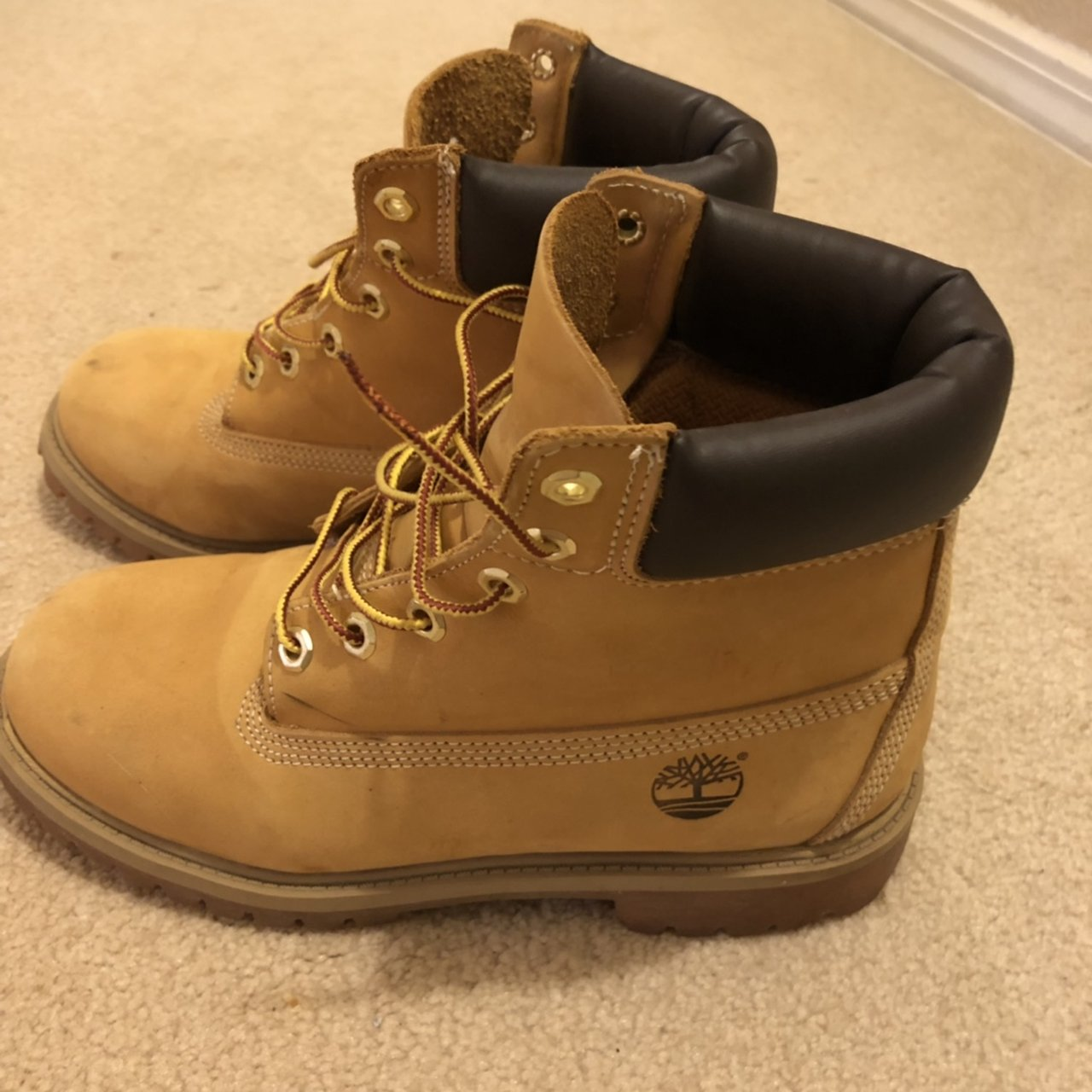 Boys timberland boots Size 6 in boys