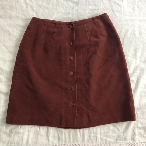 0b716d5db9 Vintage Wine red button-front skirt 🌹 A skirt similar to on - Depop