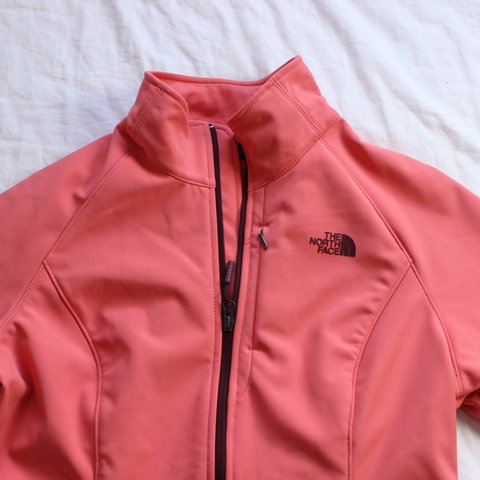2305203d119e The north face Women s apex bionic 2 jacket in pink 💓 for - Depop