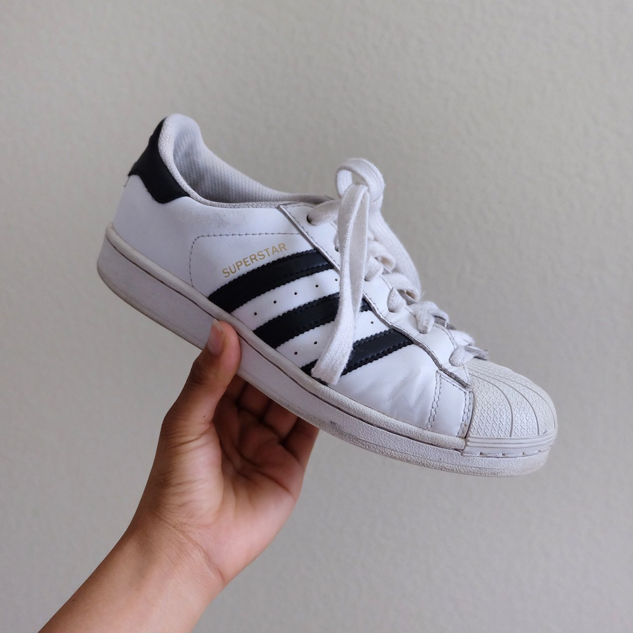 74c0291c8567 Adidas Superstar with Shell Design Obviously preloved