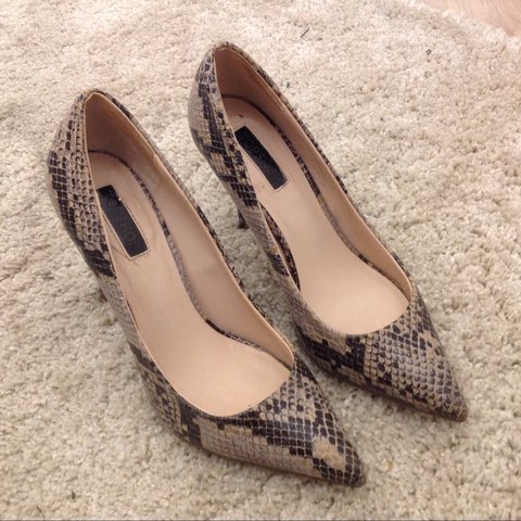 Topshop Snakeskin Court Shoes - Pointed