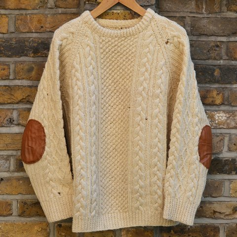 Vintage round neck heavy cable knit jumper in cream wool. a - Depop 7628be87a