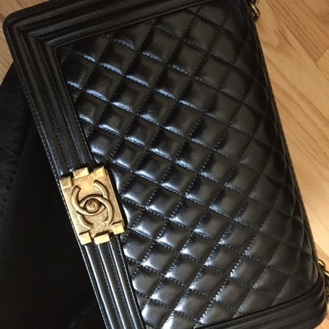 52ab38faf95035 Preloved #CHANEL #limited edition