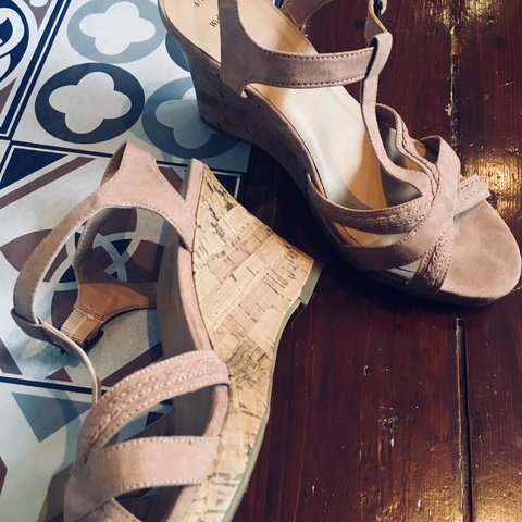 876eb32abf6 Lovely dusty pink strappy wedge sandals from New Look. for 6 - Depop