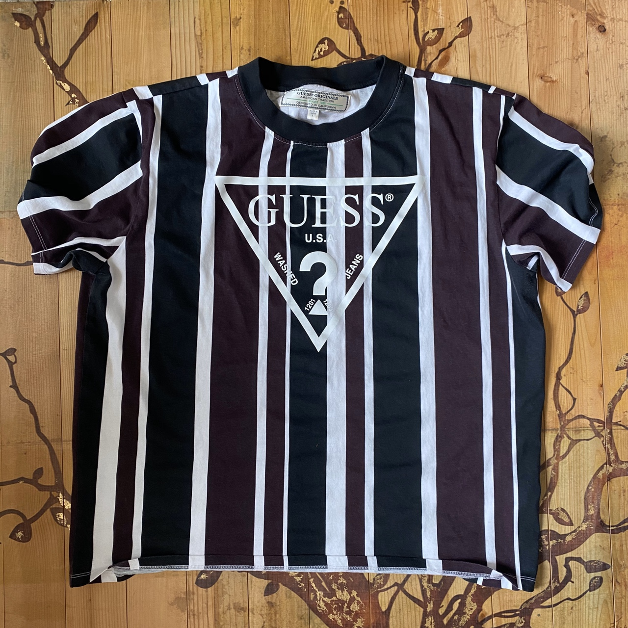 Product Image 1 - Guess Redford striped shirt BRAND