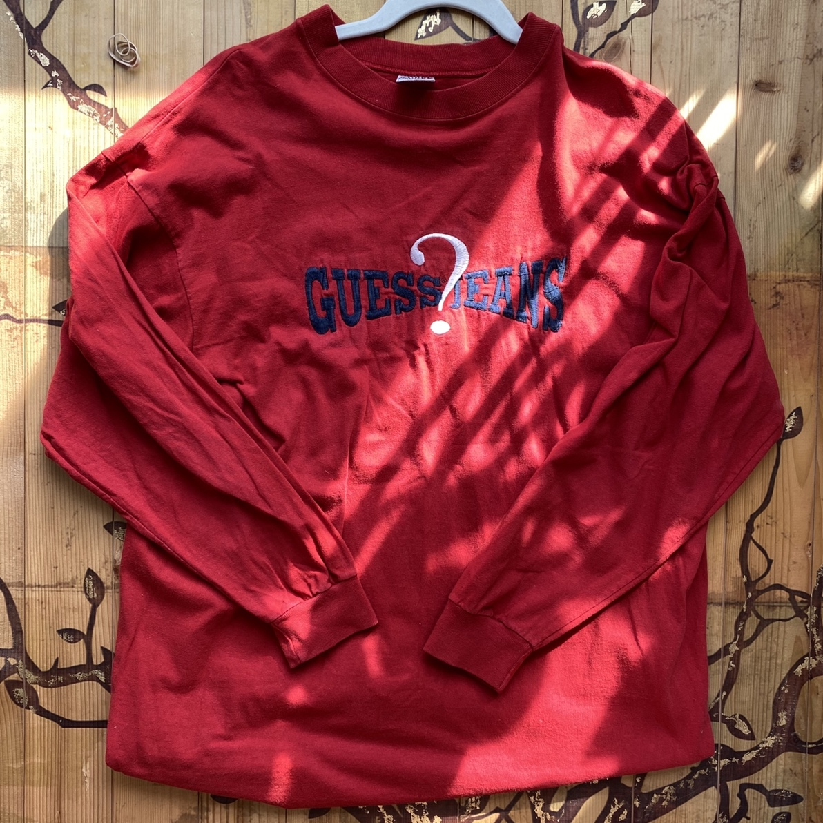Product Image 1 - Vintage guess tee Fits like large