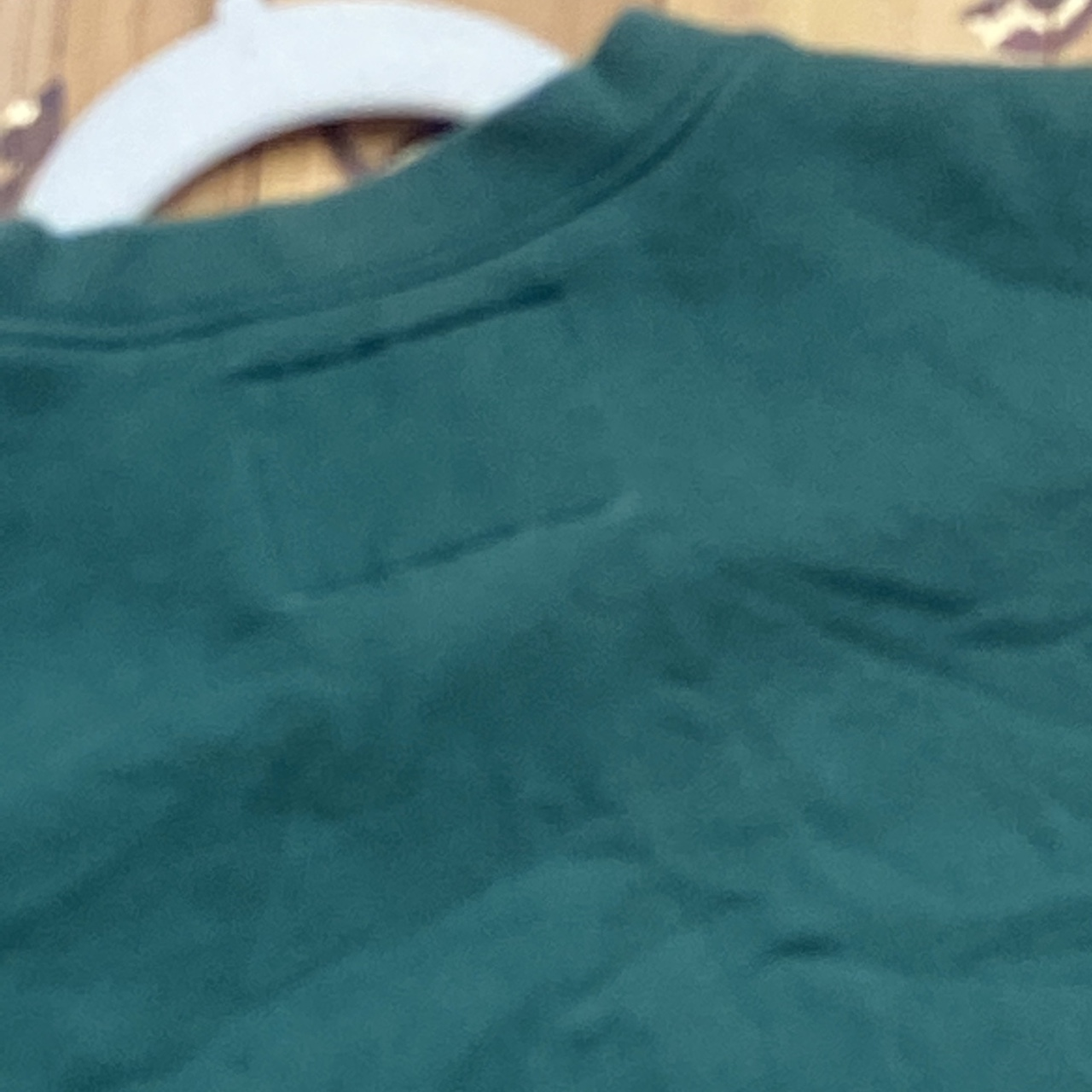Product Image 4 - Beautiful vintage guess sweatshirt authentic