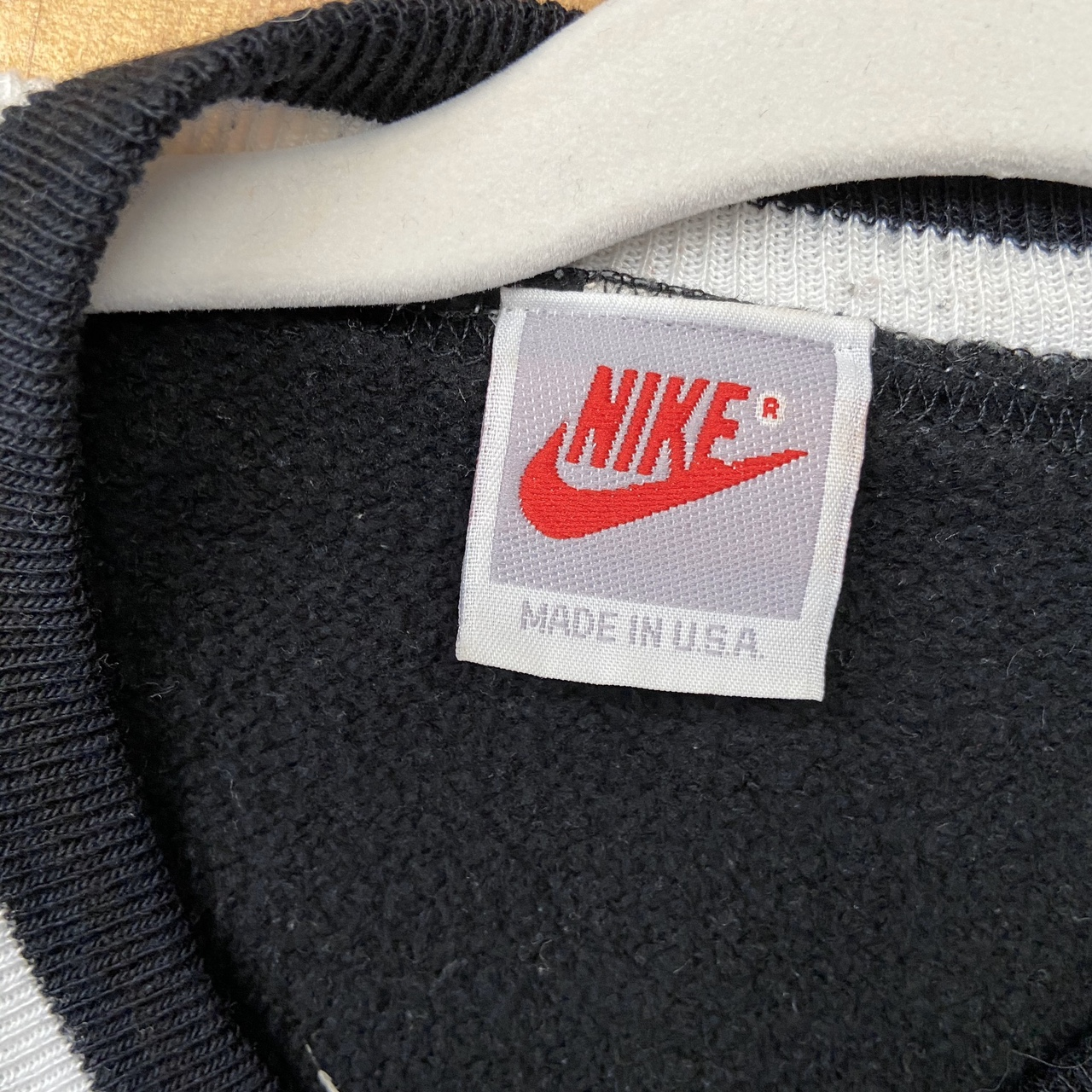 Product Image 2 - Beautiful embroidered vintage Nike sweatshirt