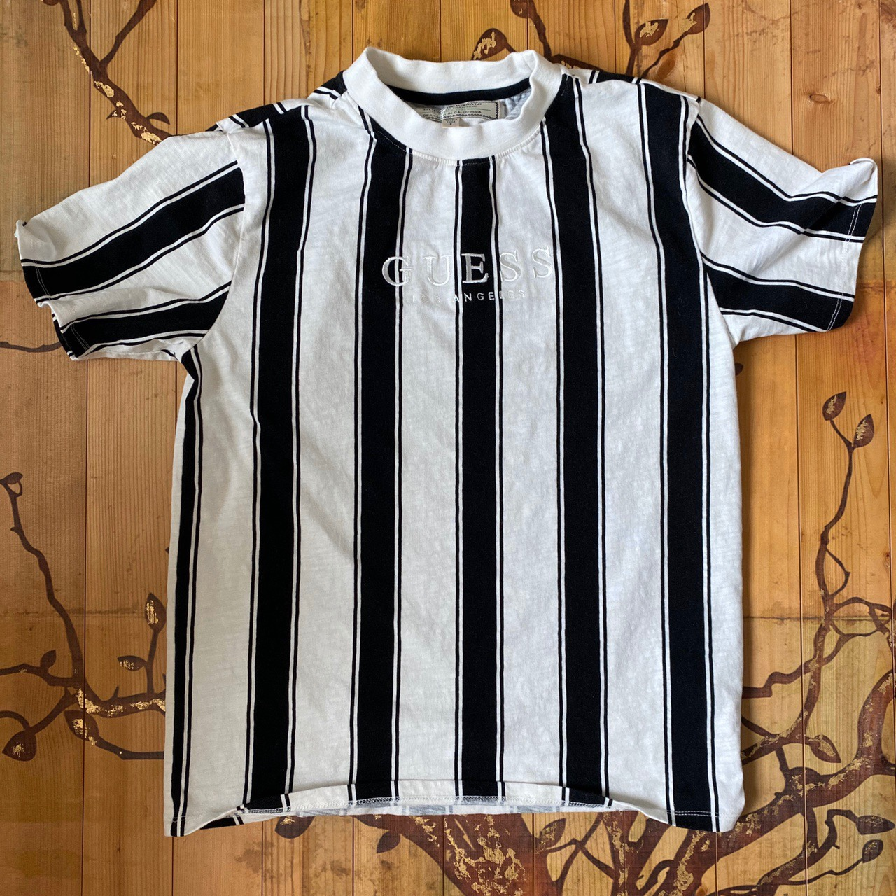Product Image 1 - Guess striped shirt vintage  Basically