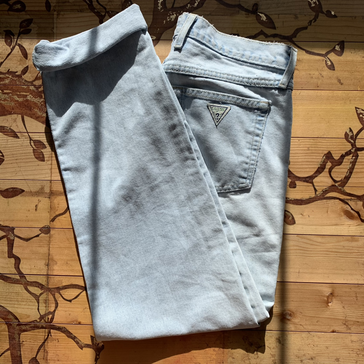 Product Image 1 - Light Blue Wash Guess Jeans these