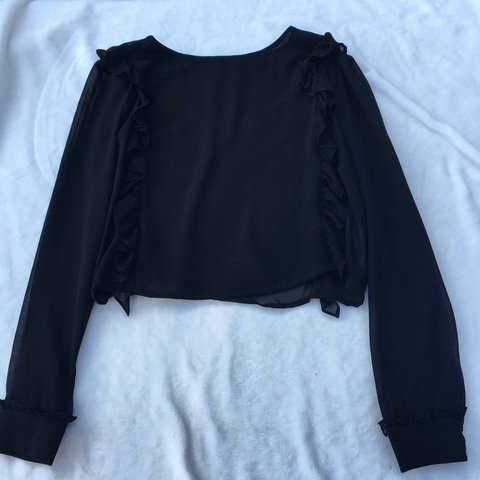 c3fc41170a3 Never worn Zara Trafaluc blouse with ruffle detail on the n - Depop