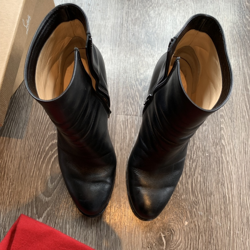 lowest price f3fb9 73929 Christian Louboutin Adox boots. Worn a few times.... - Depop