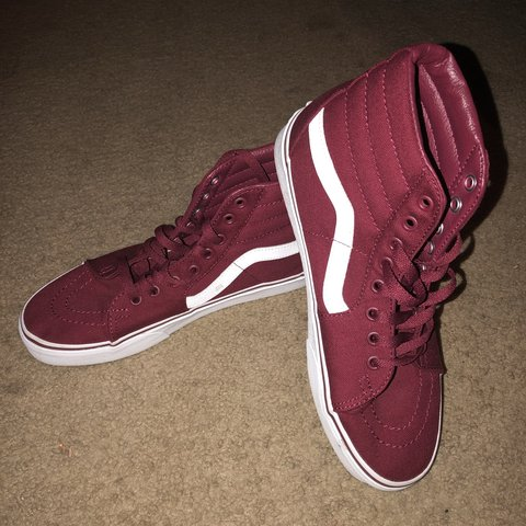 536a4ac298  deidralei. 10 months ago. United States. Almost new vans skate hi s in burgundy  color ! Size 8 in men s and 9.5 in women s very lightly worn !