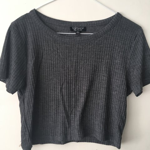5a3f051bea3 @alex16. 11 months ago. Croydon, United Kingdom. Cropped grey ribbed t-shirt  from Topshop. Size 12