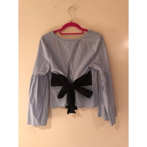 48dbbee70f2d0c Primark baby blue top with black tie bow back and flared 8 - - Depop
