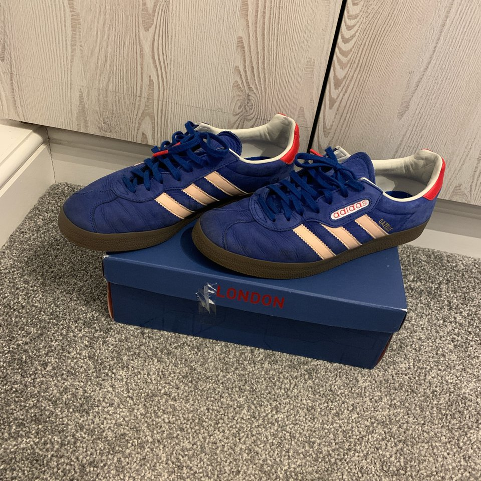 Adidas London to Manchester Gazelle trainers size... - Depop