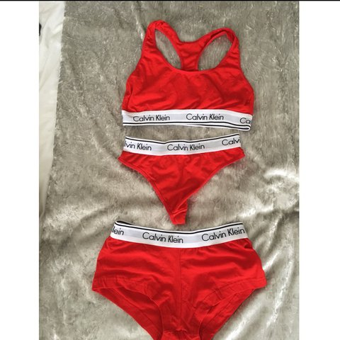 322dab41bd332 Red Calvin Klein set