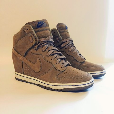 online store 38442 c580d  readysetfashion. 4 years ago. Chicago, IL, USA. Nike Dunk Sky Hi.