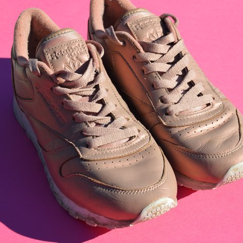 ae72a8a5cea Pearlescent rose gold reebok classics trainers RRP £65 Size - Depop