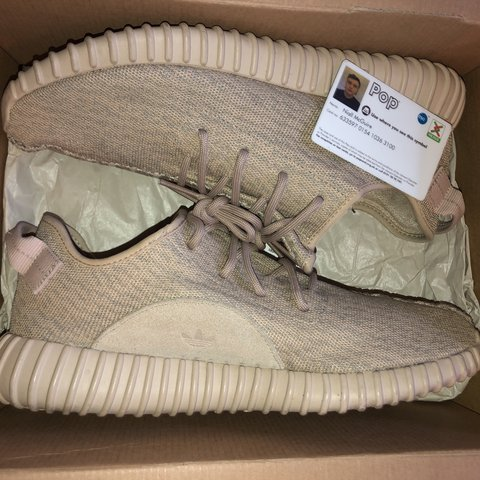 74c189711cac5 YEEZY 350 OXFORD TAN 8 10 CONDITION PRICE IS FIRM CAN SEND - Depop