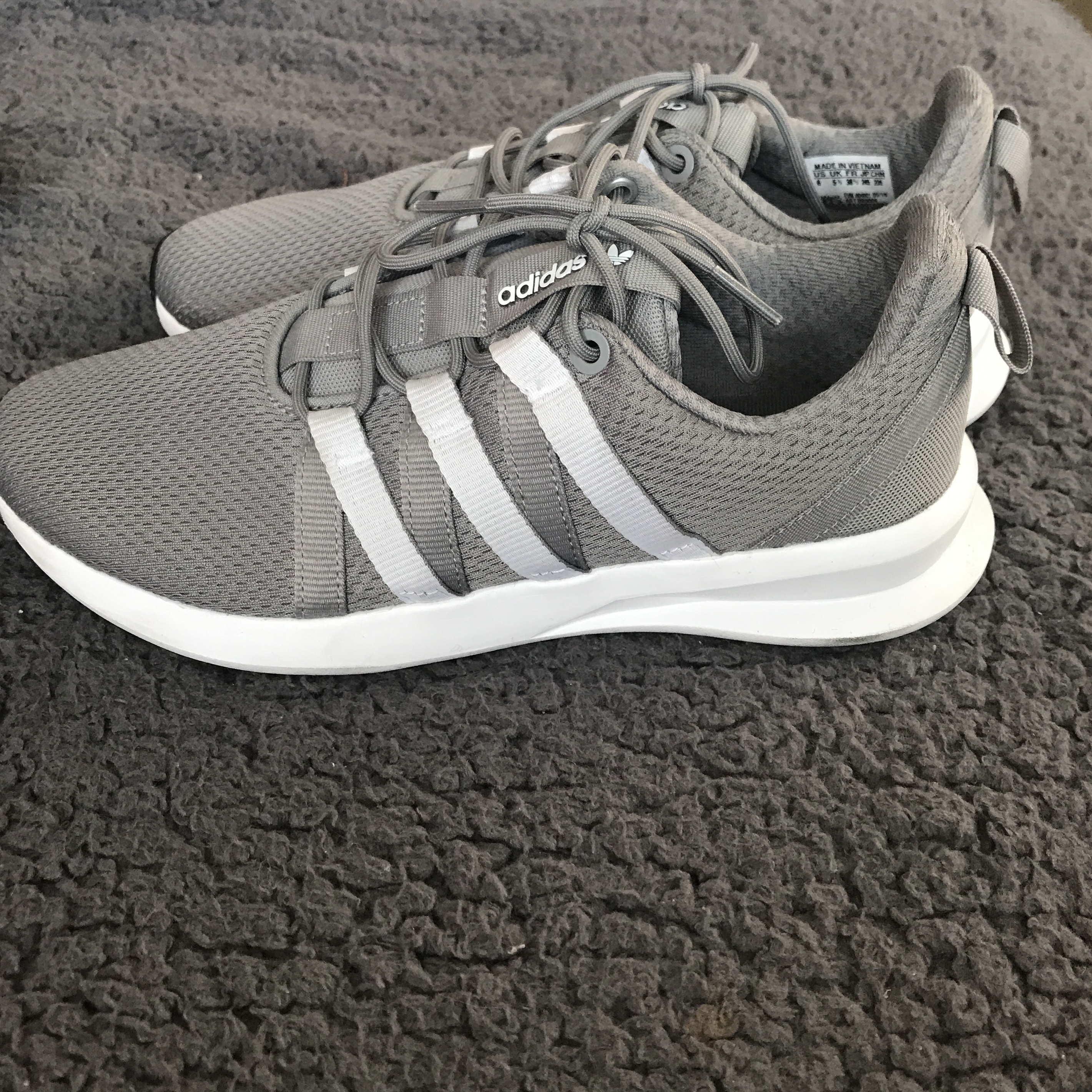 adidas trainers size 5.5 - 54% remise