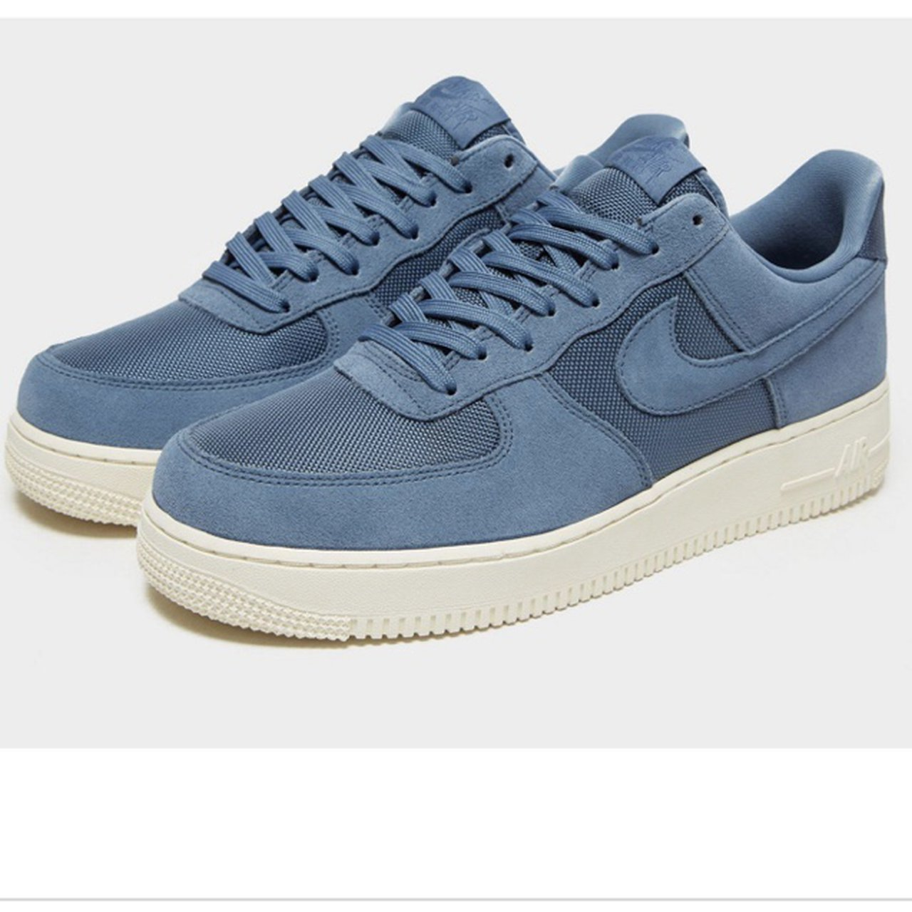 Air Force 1 07 low essential in blue